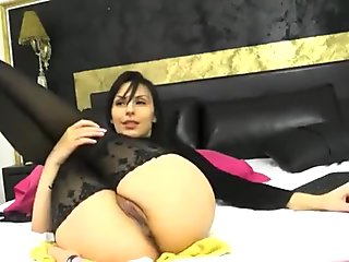 Hot babe Chayenne99, fucked themselves in both holes