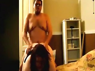 Fat nerdy usa couple oral, doggystyle and titjob in the bedroom.