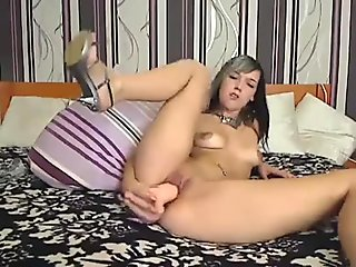 MILF Bangs Her Pussy Until She Squirts - More at MOISTCAMGIRLS.COM