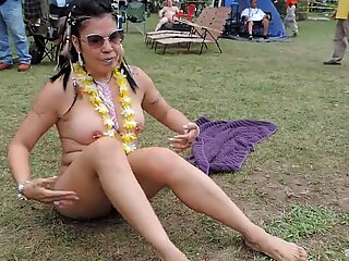 Asian Milf at 2018 Nudes a Poppin