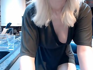 Webcam Softcore: Blonde Houswife