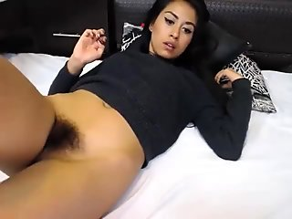 hairy latin cam-whore