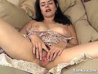 Sultry Pierced Pussy Babe Masturbating her cunt