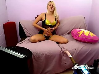 Live sex machine cam with Vanessa Cage