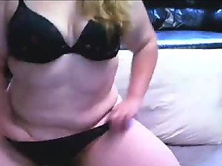 Close Up BBW Pussy Toying